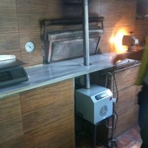 Καυστήρας πέλλετ ADGREEN OVEN 100 KW σε αρτοποιείο στο Βόλο (Γιώργος Τζήκας)