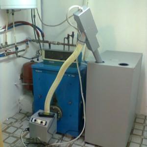 Καυστήρας πέλλετ σε λεβητα πετρελαίου BUDERUS στο Λουδία Θεσσαλονίκης (Γιώργος Χατζησταύρου)