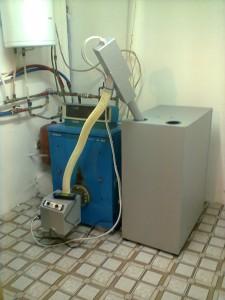 Καυστήρας πέλλετ σε λεβητα πετρελαίου BUDERUS